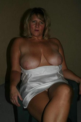 Femme mature libre pour plan cul Remilly-Wirquin
